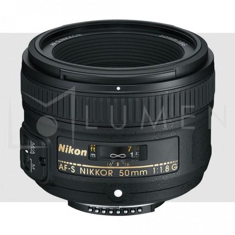 Lente Nikkor 50mm f/1.8G AF con Parasol para cámaras Nikon Negro