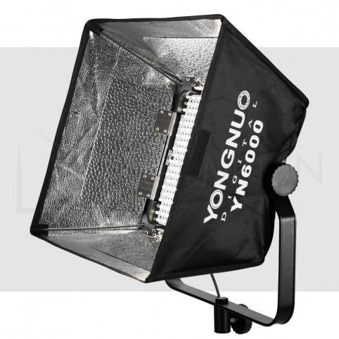 Luz Led Yongnuo YN-600 con adaptador A/C para Fotografía Video