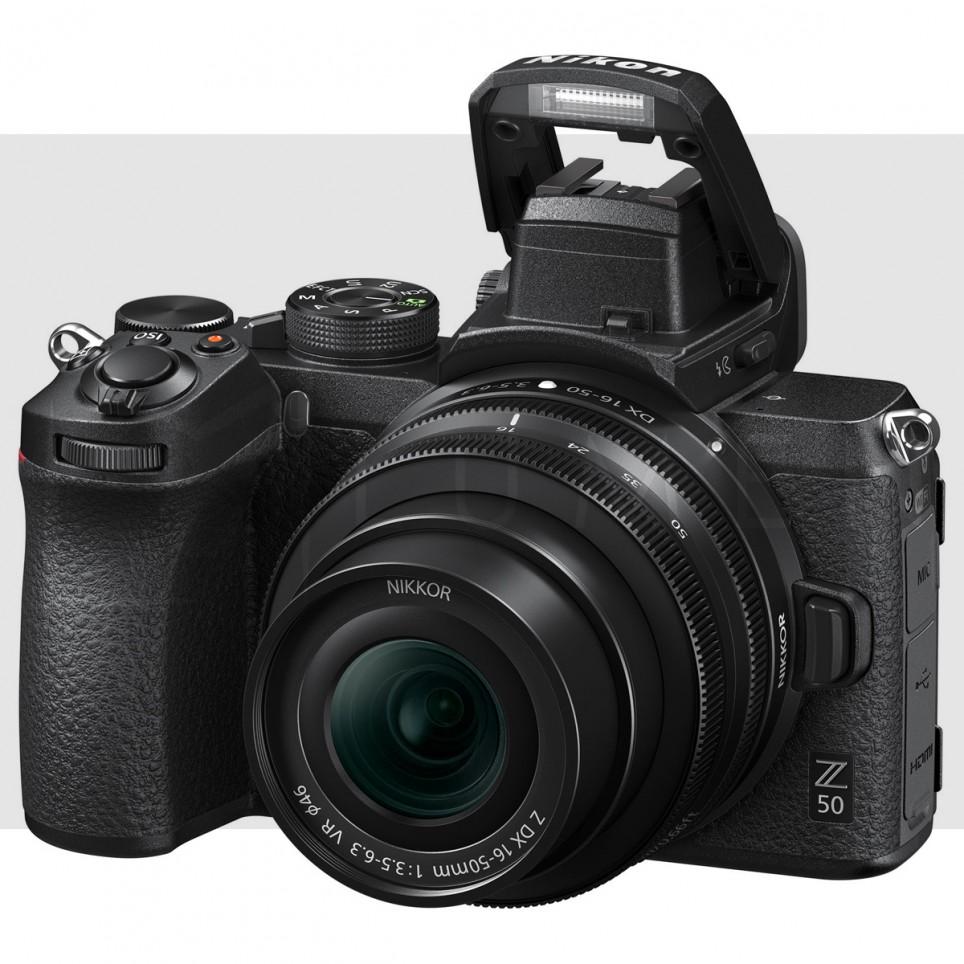 Nikon Z 50 Mirrorless con 16-50mm f/3.5-6.3 VR